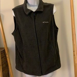 Women's Columbia Vest Size Large